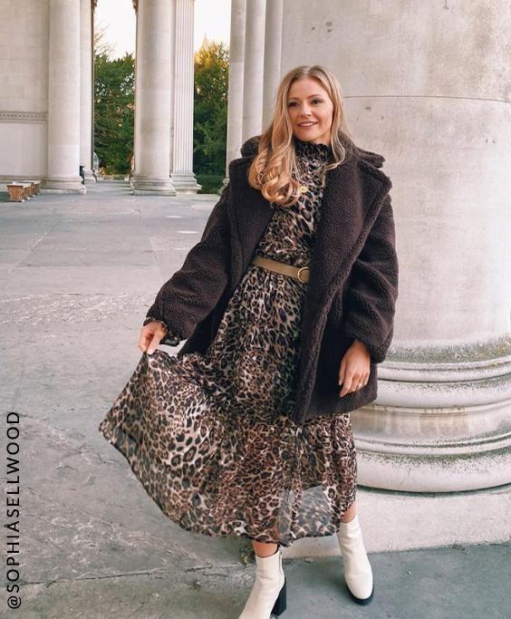 Sophie in Leopard Print Dress