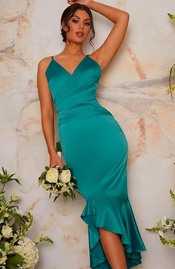 Bodycon Bridesmaid Dress with Dip Hem Fishtail in Green