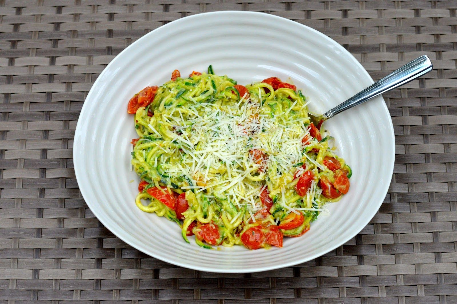 zoodles with avocado sauce and roasted tomatoes