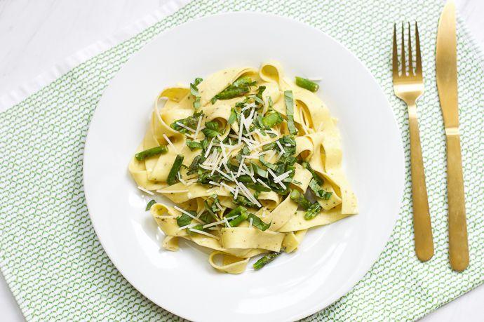 lemon pasta with basil and asparagus