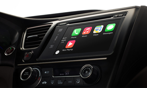 14.03.03-CarPlay-2.jpg