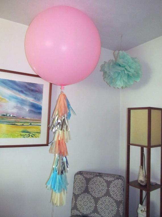 3' Balloon with Tissue Tassel Garland