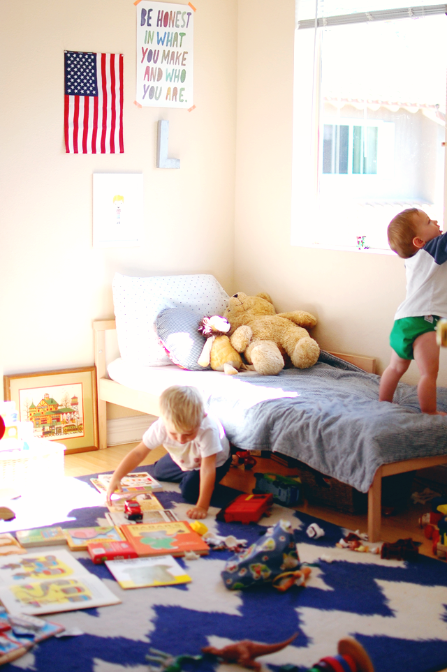 What Naptime Looks Like When Kids Share a Bedroom