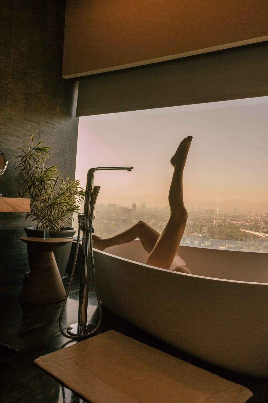 cool bathtub pics Whitney's Wonderland travel influencer