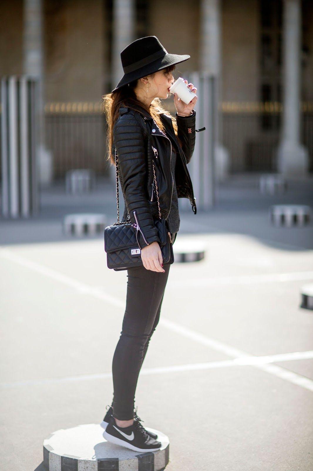 Parisian streetstyle, Look, fashion, blogger, style, all black look, inspiration