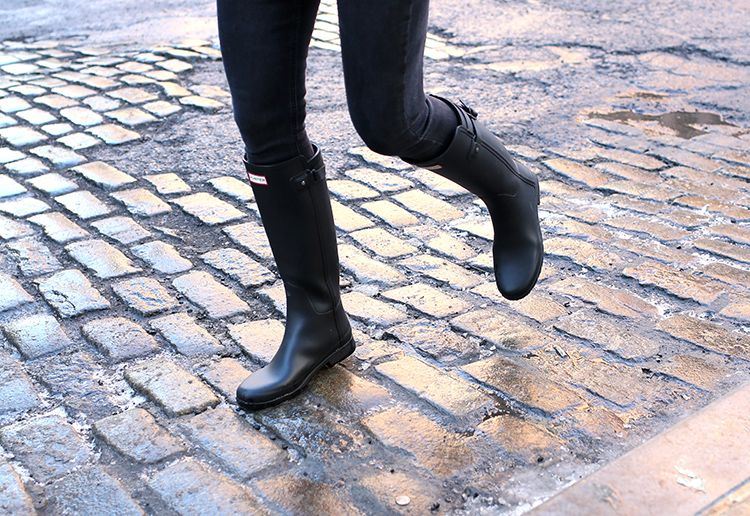 Black Hunter Boots, Helena of Brooklyn Blonde