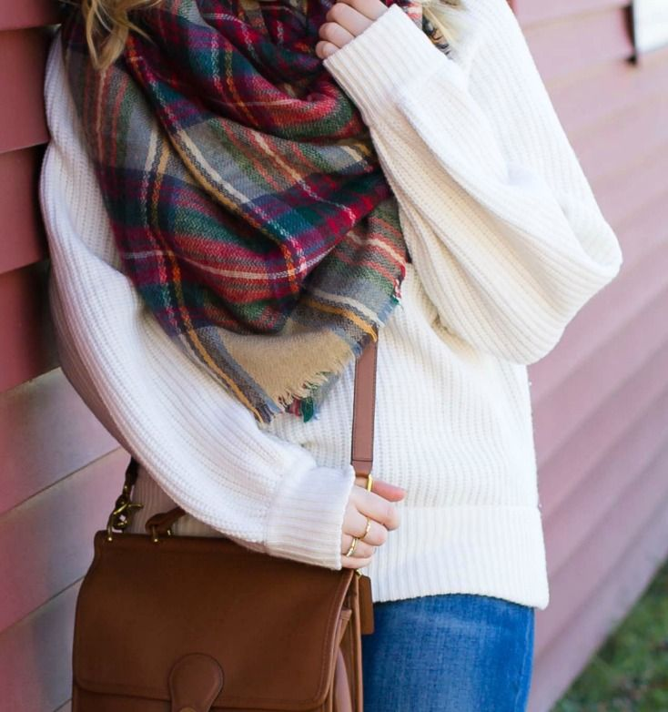 Easy + Cute Fall look on Meghan Donovan