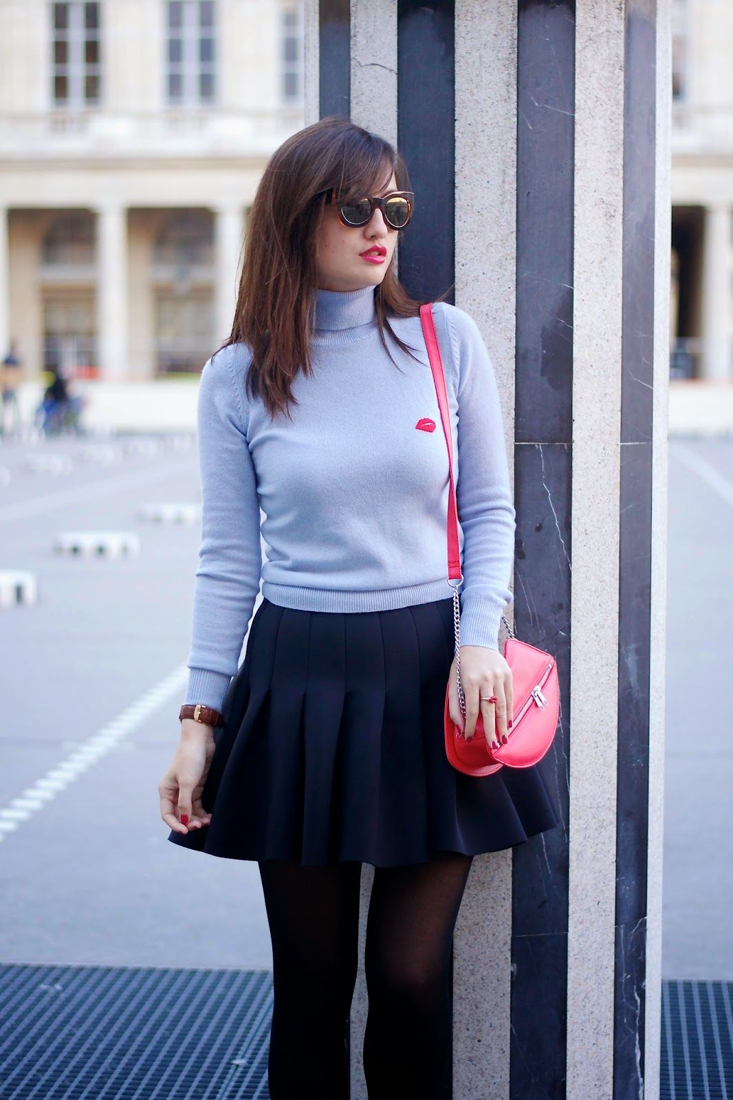 Turtle neck styling