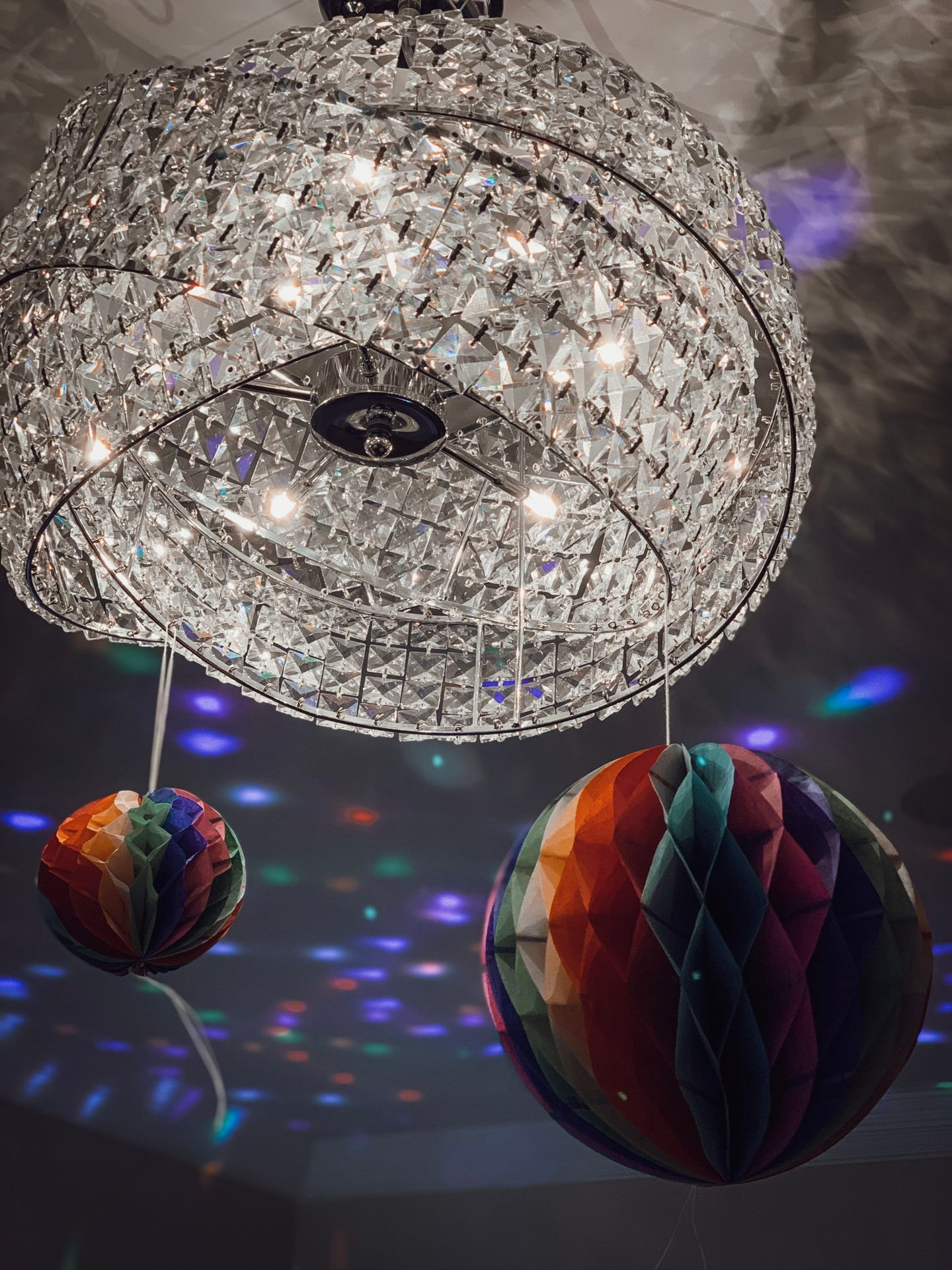 Party tips Gatsby party where to buy party decorations, food and drinks