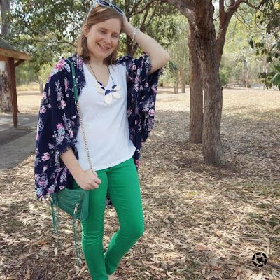 awayfromtheblue Instagram   blue and green spring SAHM style outfit with floral kimono white tee skinny jeans