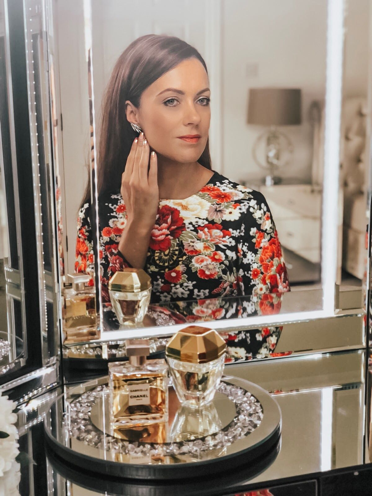 Elegant Duchess Fashion Comino Couture Floral Print Long Sleeve Dress   Happiness Boutique Blooming Stud Earrings