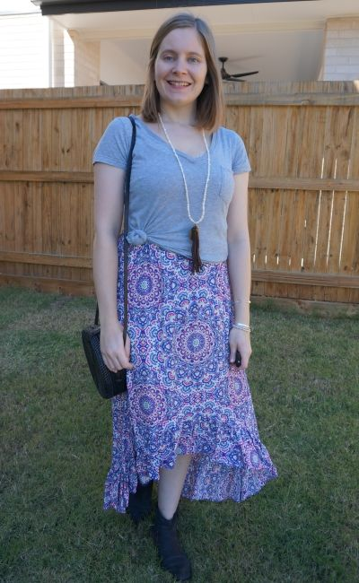 casual grey tee over high low maxi skirt outfit with straw circle bag and ankle boots | away from blue