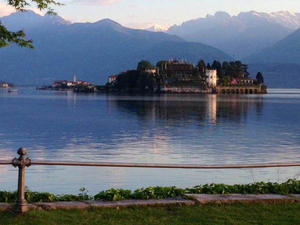 Image: Morning over Lago Maggiore, Italy with Isola Bella (Free Blog Pictures)
