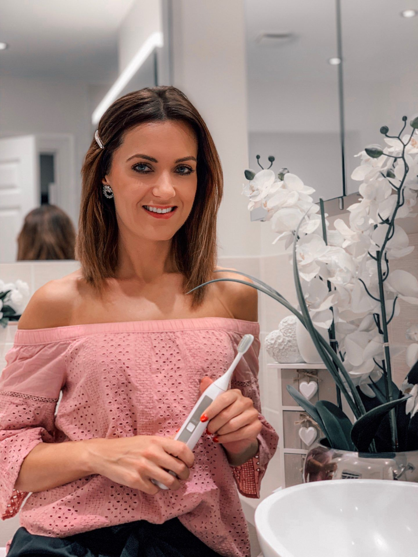 SILK'N TOOTHWAVE: ELECTRIC TOOTHBRUSH WITH DENTALRF™ TECHNOLOGY