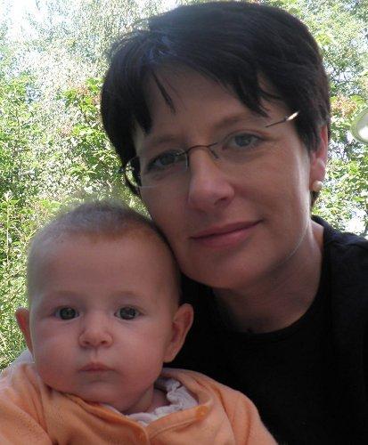 http://millicentund.doroundjuergen.de/wp-content/uploads/2010/08/ellie-2010-06-16.jpg