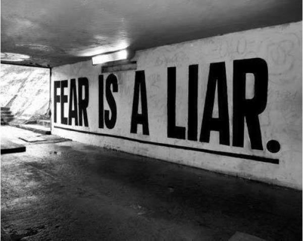 fear-is-a-liar1.jpg (600×478)